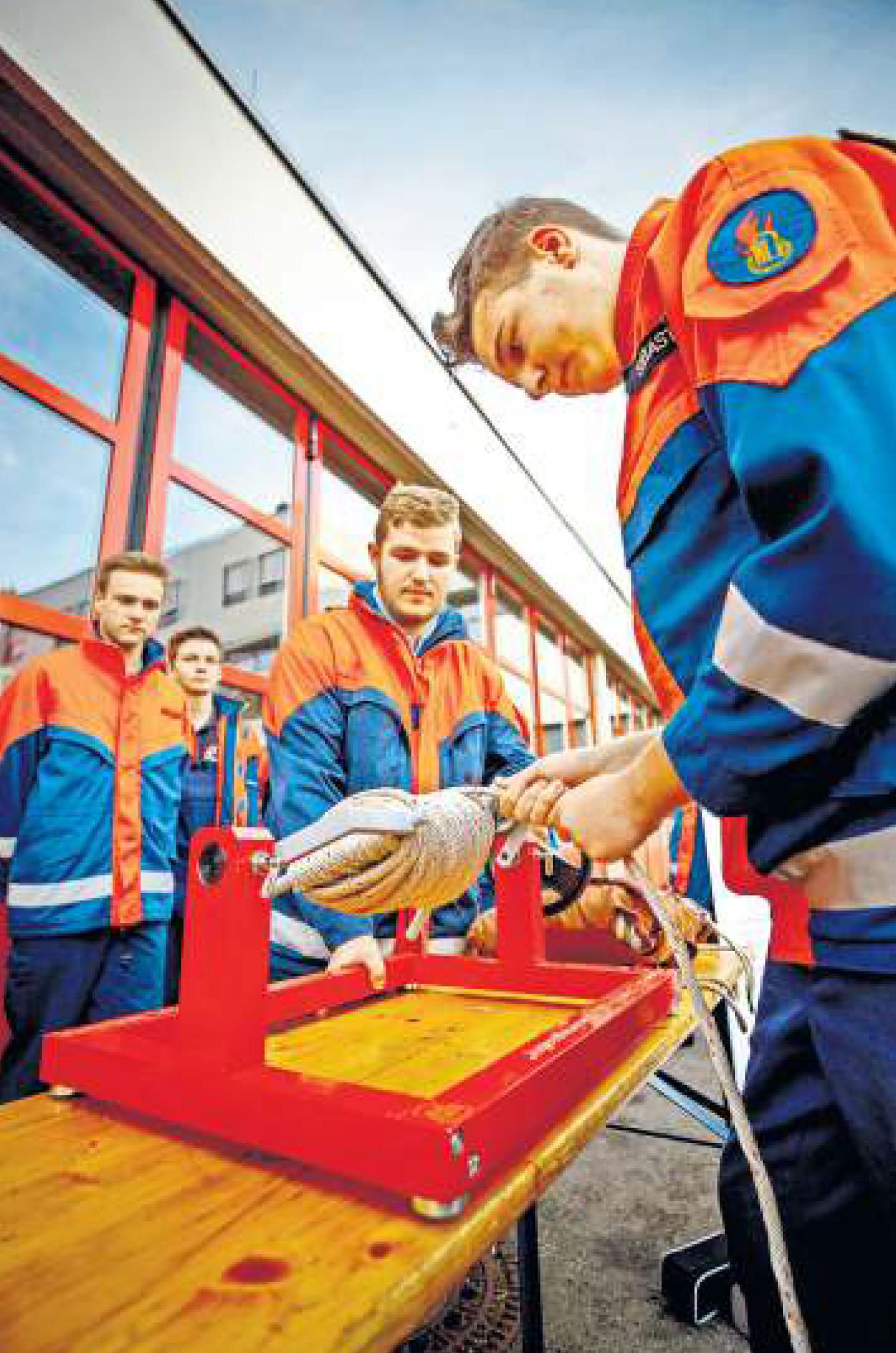 Wenn Wirtschaft und Feuerwehr Hand in Hand gehen, nutzt dies beiden Seiten. Foto: Stoppel